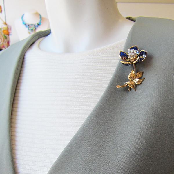 K18YGダイヤ入花ブローチ Queen Jewelry