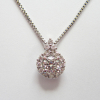 K18WGダイヤモンドペンダント