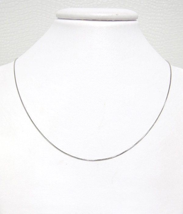 ホワイトゴールドネックレス ベネチアタイプ・スライド式