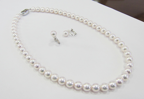 SV花珠真珠ネックレス